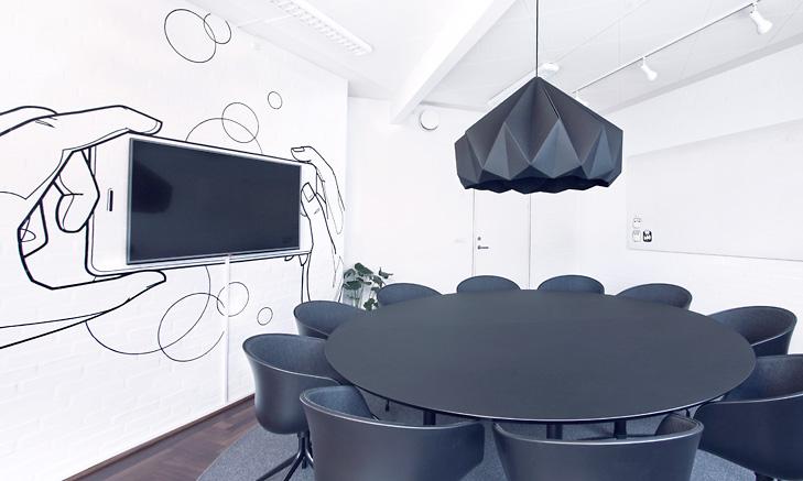 Indretning og udsmykning af it firmas nye domicil for Indoor design dk